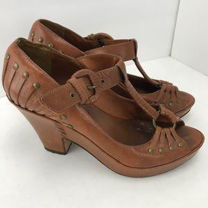 Frye Peep Toe T-Strap Studded Heels Honey Leather